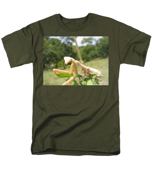Men's T-Shirt  (Regular Fit) featuring the photograph Preying Mantis by Mark Robbins