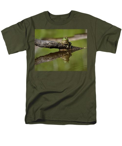 Reflecktafrog Men's T-Shirt  (Regular Fit) by Susan Capuano