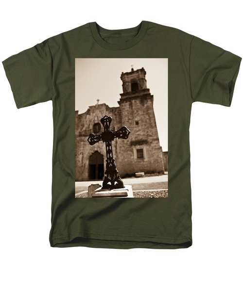 San Antonio Men's T-Shirt  (Regular Fit) by Sebastian Musial