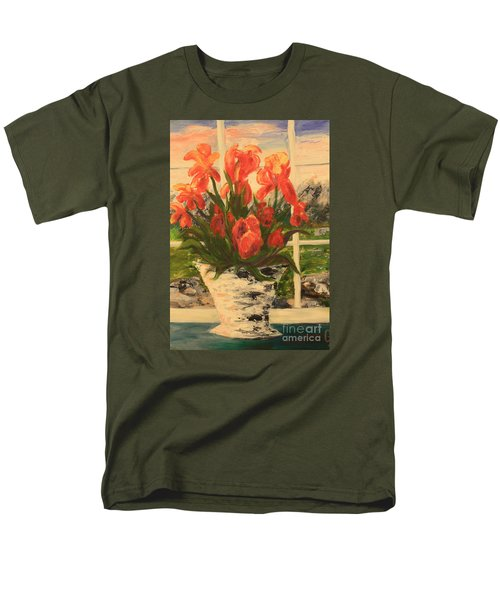 Tulips Men's T-Shirt  (Regular Fit)