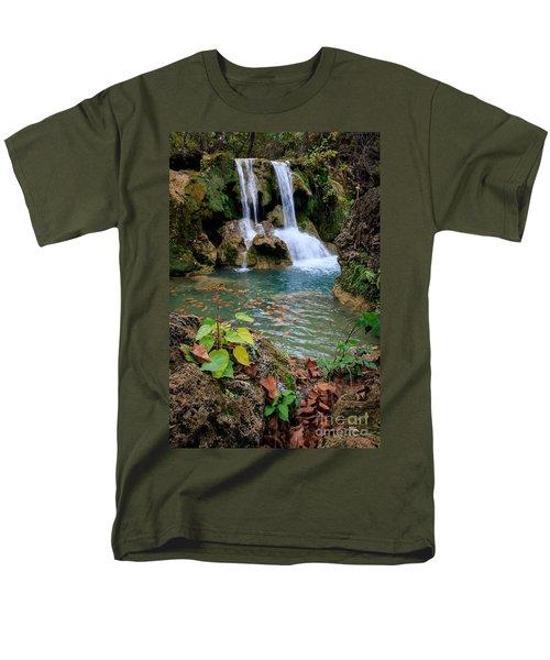 Price Falls In Autumn Color.  Men's T-Shirt  (Regular Fit)