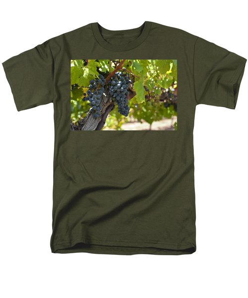 Men's T-Shirt  (Regular Fit) featuring the photograph Red Vines by Ulrich Schade
