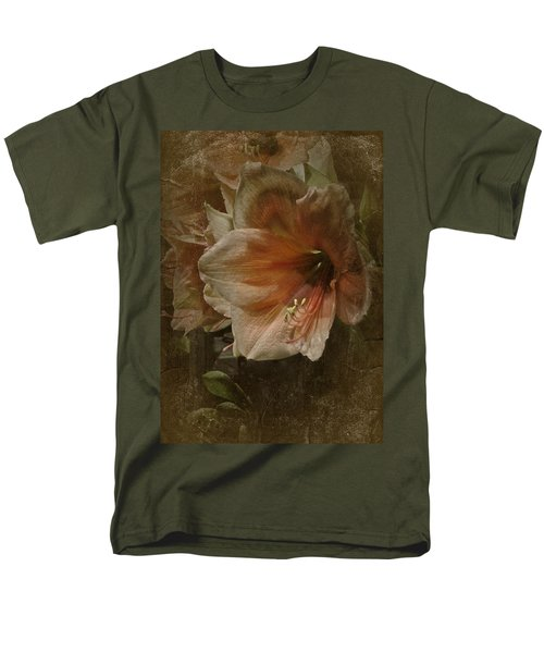 Vintage Amaryllis Men's T-Shirt  (Regular Fit) by Richard Cummings
