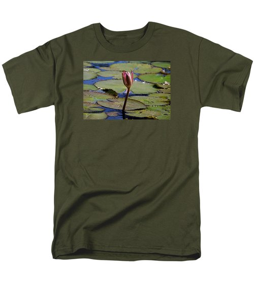 Men's T-Shirt  (Regular Fit) featuring the photograph A Lonely Vigil by Michiale Schneider