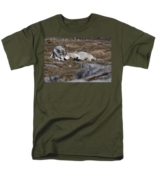 Men's T-Shirt  (Regular Fit) featuring the photograph A Much Needed Rest by Michael Cummings