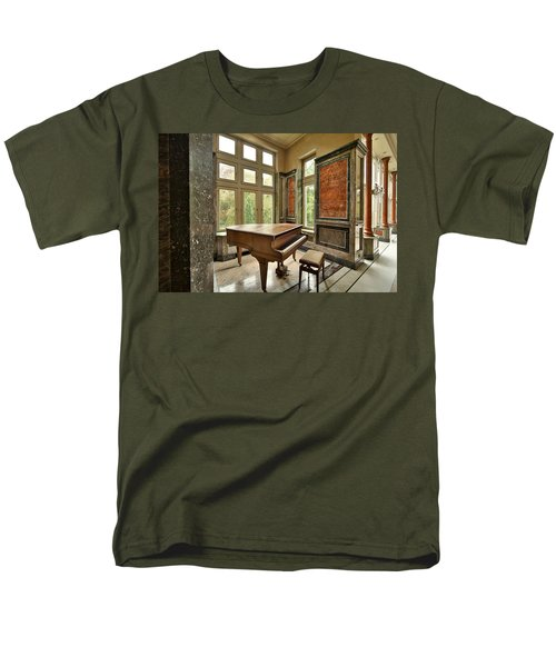 Abandoned Piano - Urban Exploration Men's T-Shirt  (Regular Fit) by Dirk Ercken