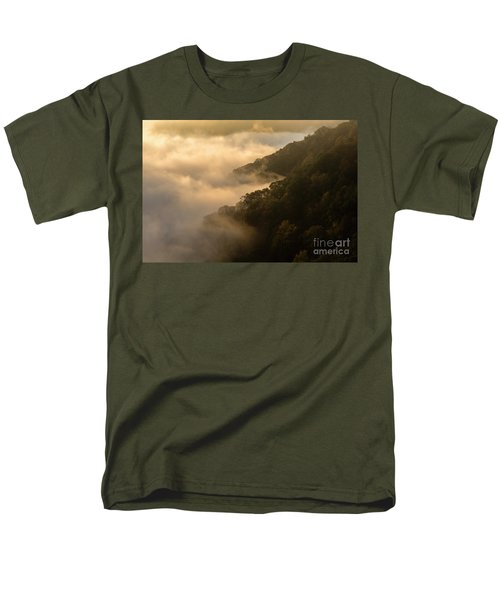 Men's T-Shirt  (Regular Fit) featuring the photograph Above The Mist - D009960 by Daniel Dempster