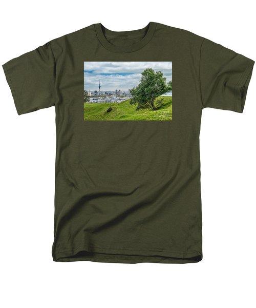 Auckland Skyline Men's T-Shirt  (Regular Fit) by Martin Capek