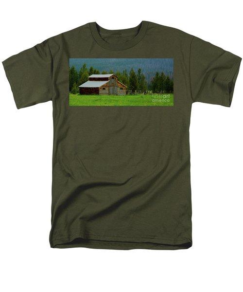 Barn In Rocky Mtn National Park Men's T-Shirt  (Regular Fit) by John Roberts