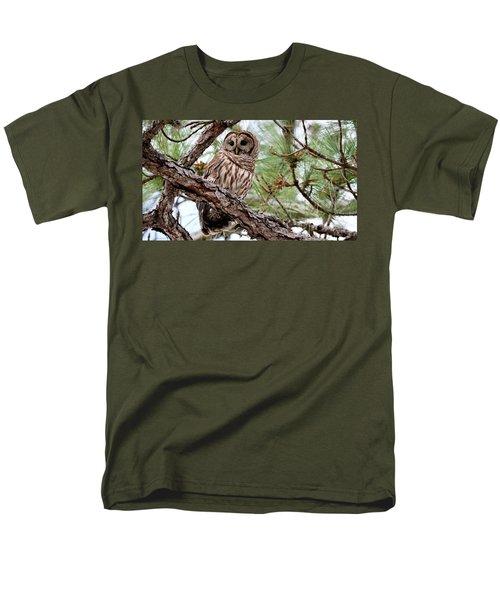 Barred Owl On Tree Branch Men's T-Shirt  (Regular Fit)