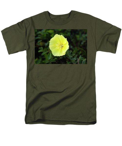 Beach Flower Men's T-Shirt  (Regular Fit)
