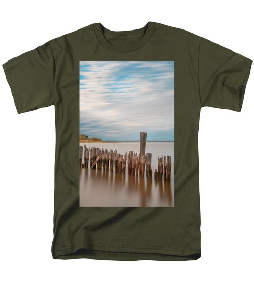 Beautiful Aging Pilings In Keyport Men's T-Shirt  (Regular Fit)