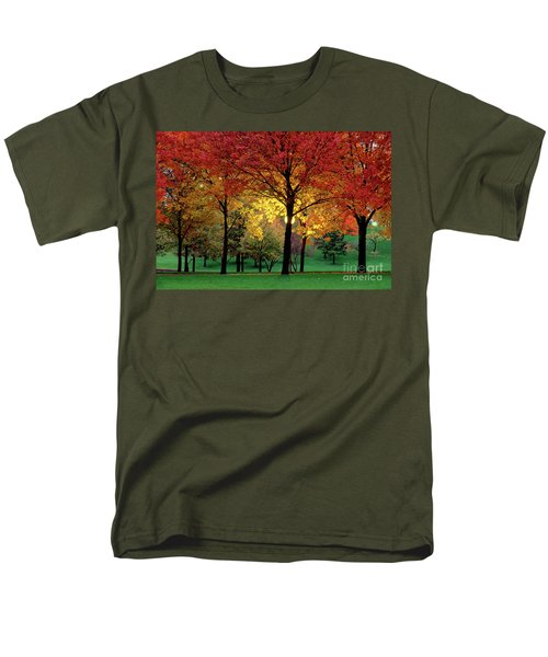 Beautiful Light At The Park In St. Louis In Autumn Men's T-Shirt  (Regular Fit) by Wernher Krutein