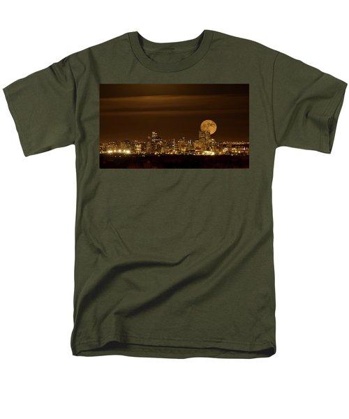 Beaver Moonrise Men's T-Shirt  (Regular Fit)