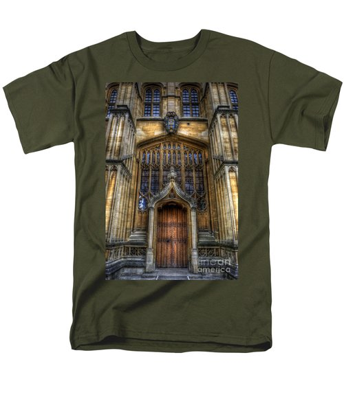 Bodleian Library Door - Oxford Men's T-Shirt  (Regular Fit) by Yhun Suarez