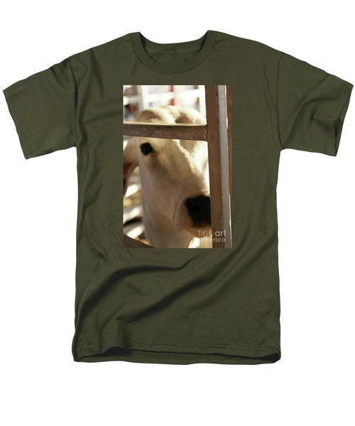 Men's T-Shirt  (Regular Fit) featuring the photograph Brahma Love - 2 by Linda Shafer
