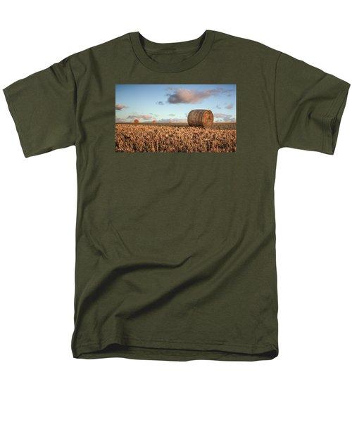 Bundy Hay Bales #7 Men's T-Shirt  (Regular Fit) by Brad Grove