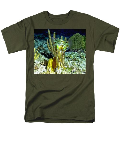 Caribbean Squid At Night - Alien Of The Deep Men's T-Shirt  (Regular Fit) by Amy McDaniel