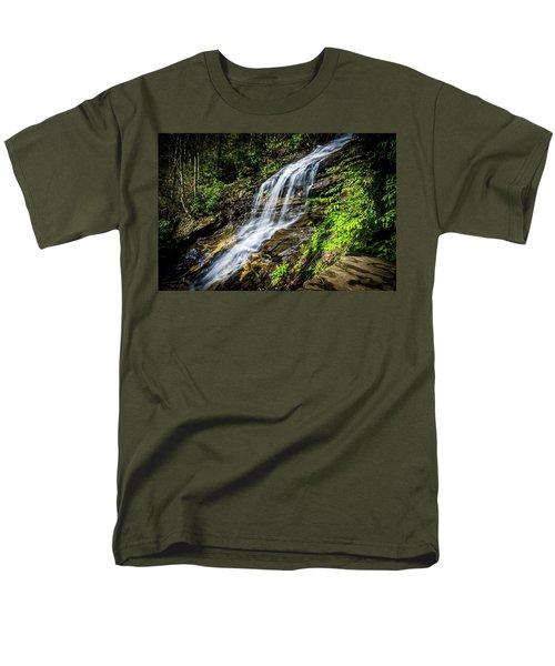 Cascade Falls Men's T-Shirt  (Regular Fit)
