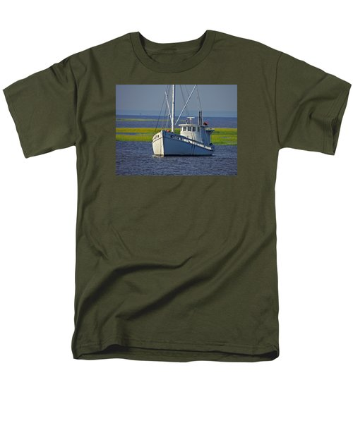 Men's T-Shirt  (Regular Fit) featuring the photograph Chesapeake Buy Boat by Laura Ragland