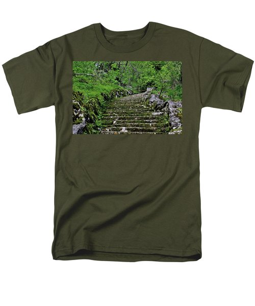 Men's T-Shirt  (Regular Fit) featuring the photograph Clark Reservation  by Suzanne Stout