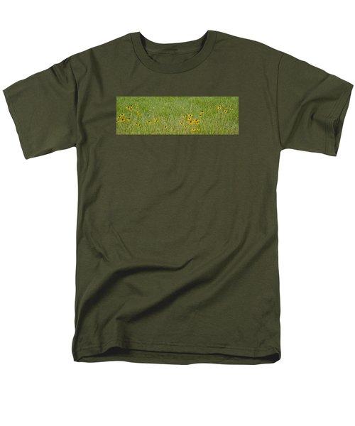 Colorful Field Men's T-Shirt  (Regular Fit)