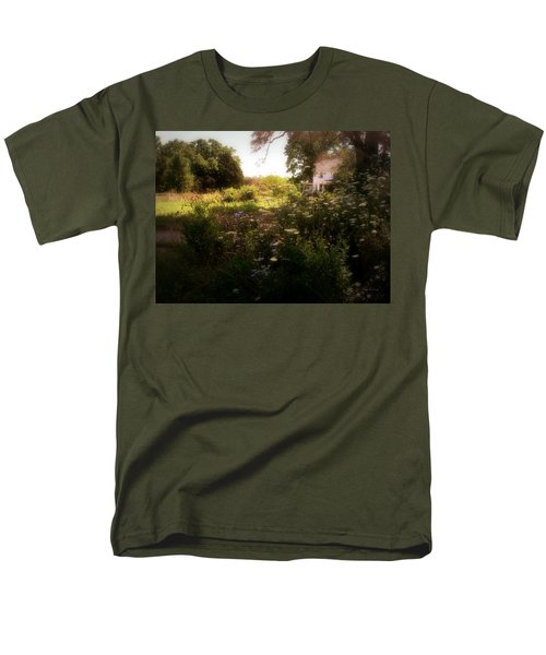 Men's T-Shirt  (Regular Fit) featuring the photograph Country House by Cynthia Lassiter