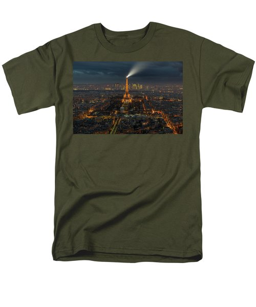 Didn't Know Paris Has A Skyline Men's T-Shirt  (Regular Fit) by Alex Aves