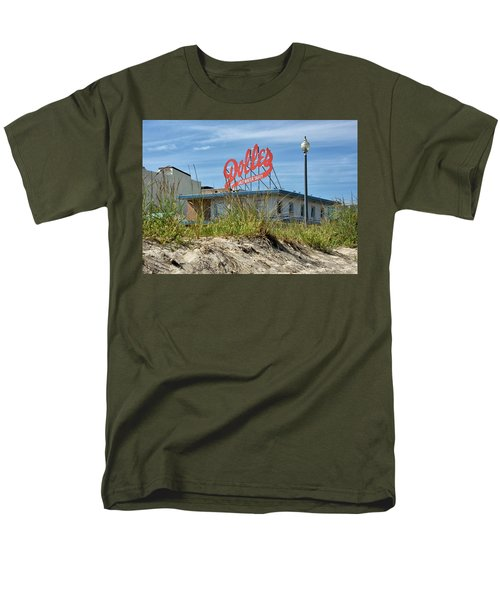 Dolles Candyland - Rehoboth Beach Delaware Men's T-Shirt  (Regular Fit) by Brendan Reals