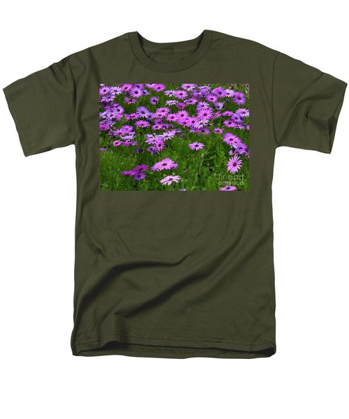 Dreaming Of Purple Daisies  Men's T-Shirt  (Regular Fit)
