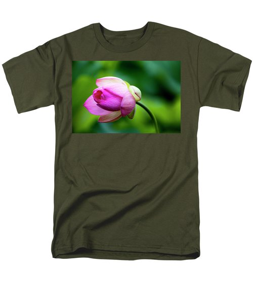 Men's T-Shirt  (Regular Fit) featuring the photograph Droplets On Lotus by Edward Kreis