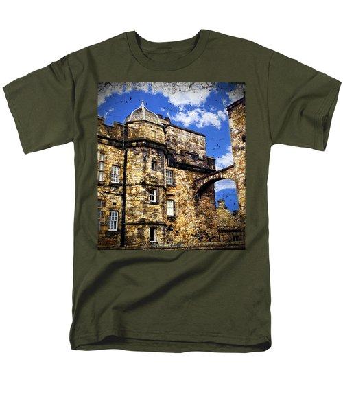 Edinburgh Castle Men's T-Shirt  (Regular Fit) by Judi Saunders