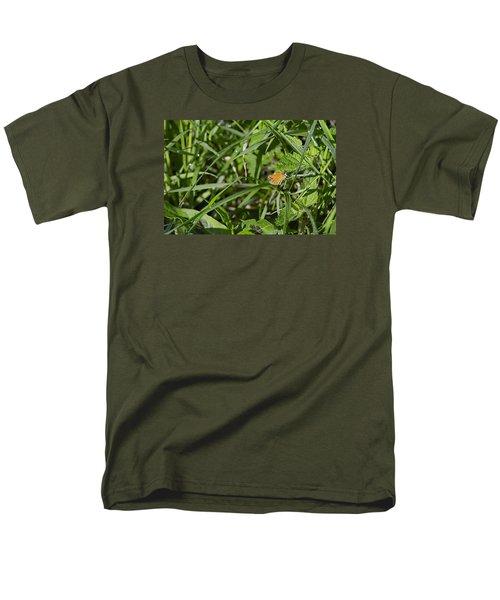 Men's T-Shirt  (Regular Fit) featuring the photograph Essex Skipper 2 by Leif Sohlman