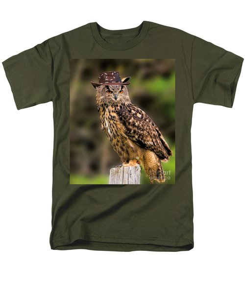 Eurasian Eagle Owl With A Cowboy Hat Men's T-Shirt  (Regular Fit) by Les Palenik