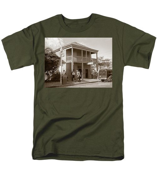 Men's T-Shirt  (Regular Fit) featuring the photograph Everyone Says Hi - From Pepes Cafe Key West Florida by John Stephens