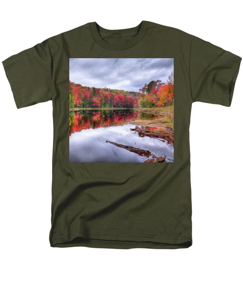 Men's T-Shirt  (Regular Fit) featuring the photograph Fall Color At The Pond by David Patterson