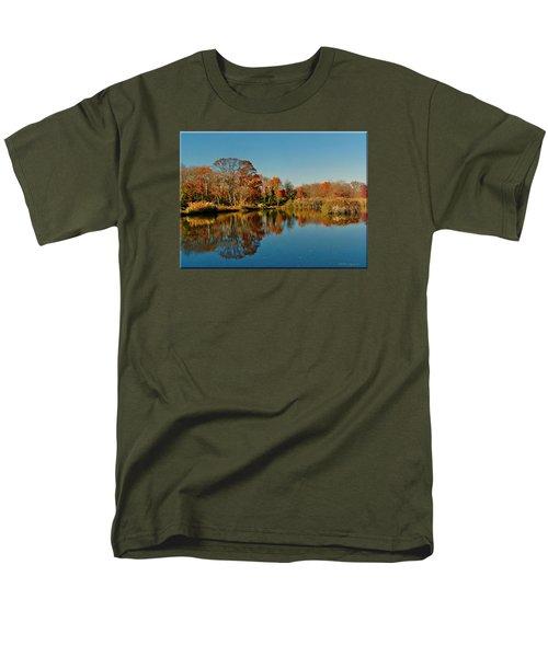 Fall Scene Men's T-Shirt  (Regular Fit)