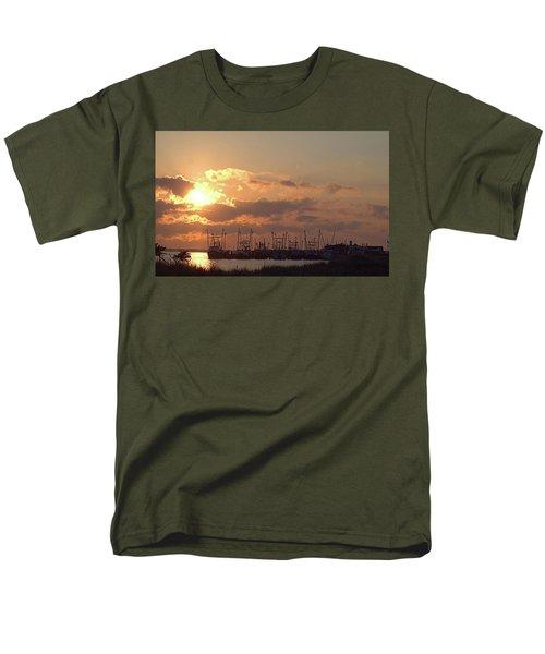 Fleet Men's T-Shirt  (Regular Fit) by Newwwman