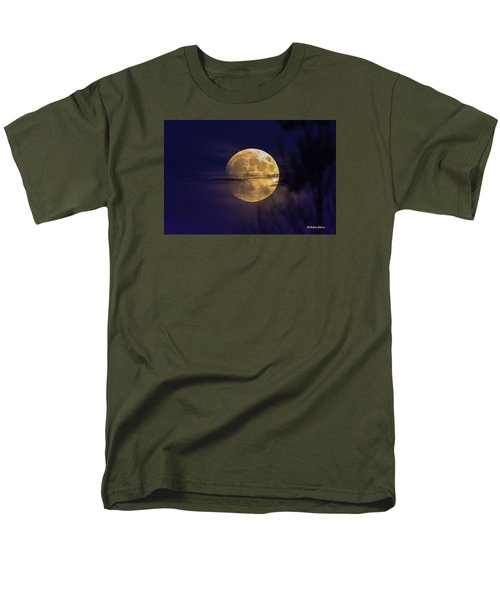 Full Moon Rise  Men's T-Shirt  (Regular Fit) by Stephen  Johnson