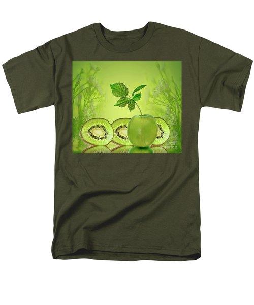 Greeeeeen Men's T-Shirt  (Regular Fit)