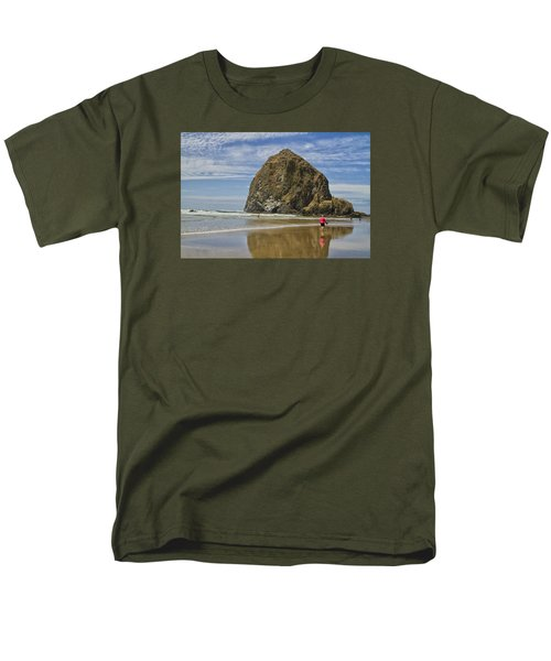 Men's T-Shirt  (Regular Fit) featuring the photograph Haystack Rock 0258 by Tom Kelly