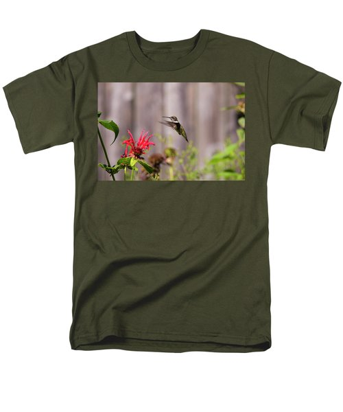 Humming Bird Hovering Men's T-Shirt  (Regular Fit) by David Stasiak