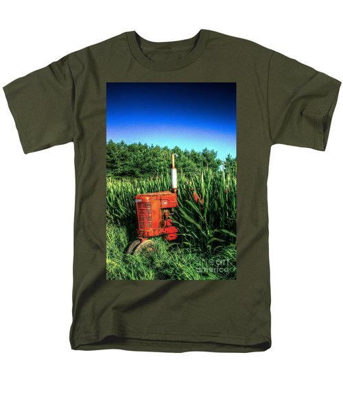 Men's T-Shirt  (Regular Fit) featuring the photograph In The Midst by Randy Pollard