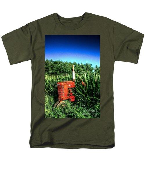 In The Midst Men's T-Shirt  (Regular Fit) by Randy Pollard