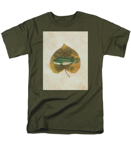 Large Mouth Bass Men's T-Shirt  (Regular Fit) by Ralph Root