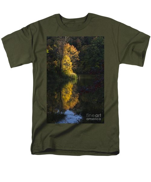 Men's T-Shirt  (Regular Fit) featuring the photograph Last Light - D009910 by Daniel Dempster