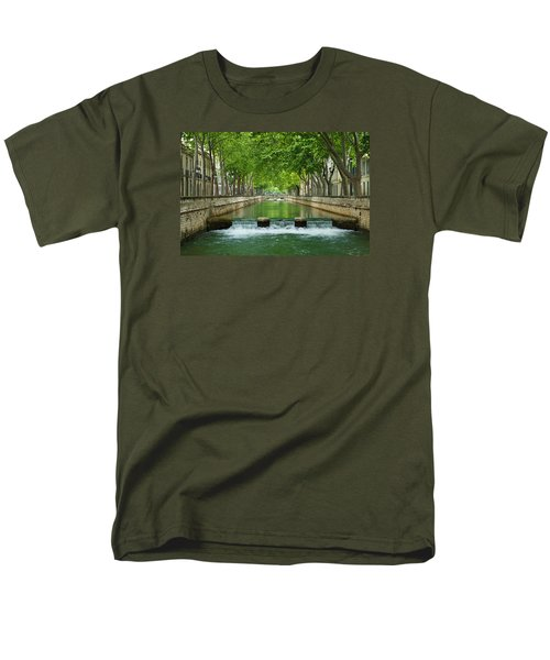 Les Quais De La Fontaine Men's T-Shirt  (Regular Fit) by Scott Carruthers