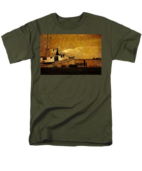 Men's T-Shirt  (Regular Fit) featuring the photograph Living In The Past by Susanne Van Hulst