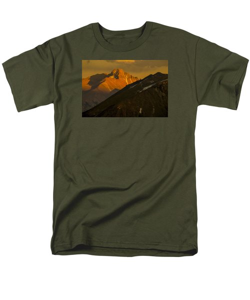 Men's T-Shirt  (Regular Fit) featuring the photograph Long's Peak by Gary Lengyel