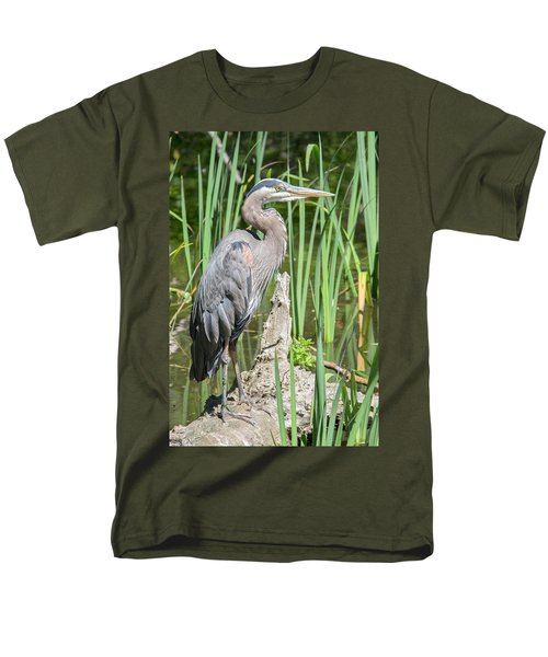 Lost Lagoon Heron Men's T-Shirt  (Regular Fit) by Ross G Strachan